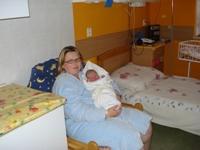 dárek od gynekolog-porodnického odd.=nadstandartní pokoj