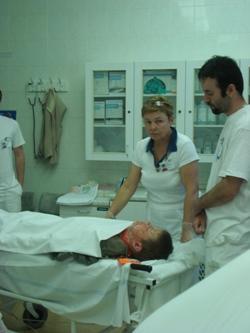 převoz zraněného na ARO