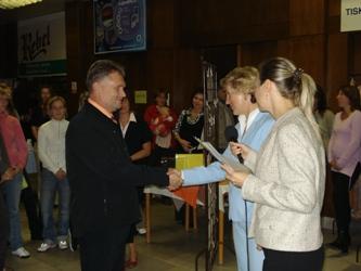Certifikát pro oddělení Gynekologie a porod. do rukou prim.Antonína